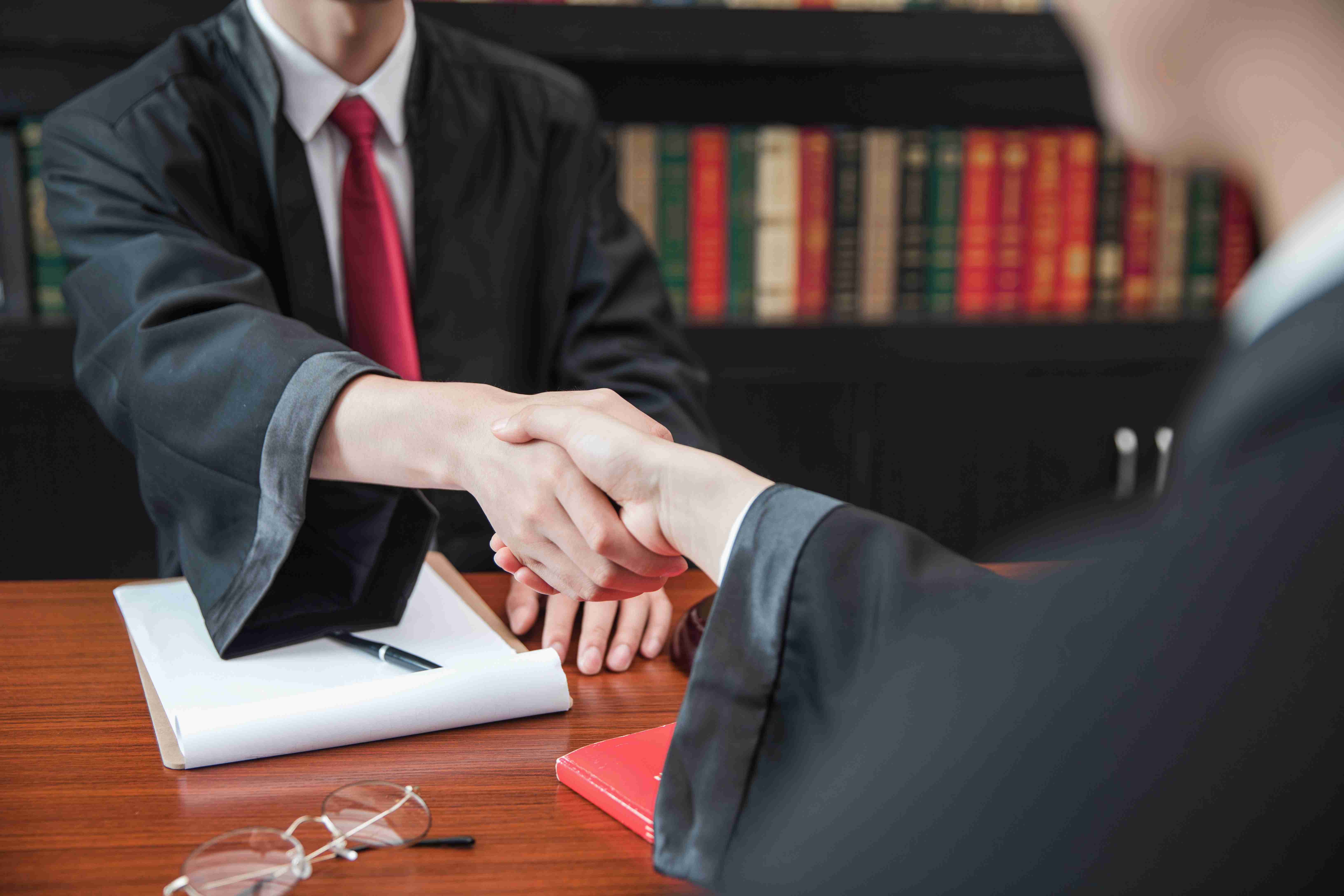企业遭遇商标侵权诉讼已经收到律师函怎么办?